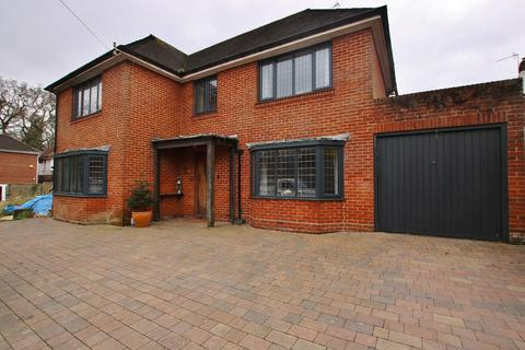 3 bedroom detached house for sale - Glen Eyre Road, Bassett, Southampton