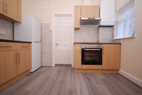 2 bedroom flat to rent - Francis Road, Leyton