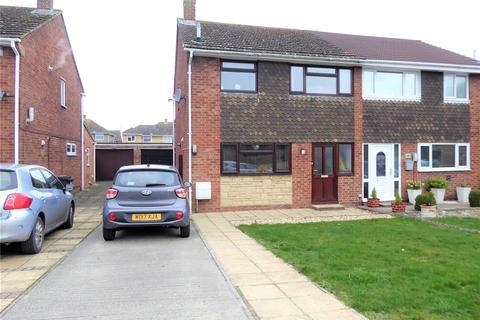 3 bedroom semi-detached house for sale - Kennet Avenue, Greenmeadow, Swindon, SN25