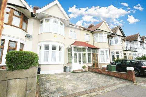 3 bedroom terraced house for sale -  Vaughan Gardens,  Ilford, IG1