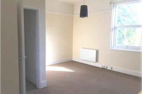 Studio to rent - Rathmore Road, Torquay TQ2