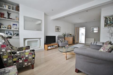 2 bedroom cottage for sale - Hillside Grove, Southgate N14