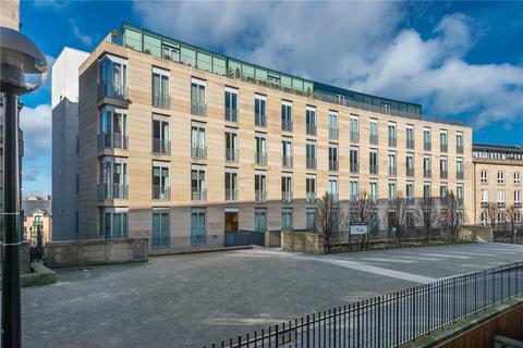 3 bedroom flat for sale - St. Vincent Place, New Town, Edinburgh, EH3