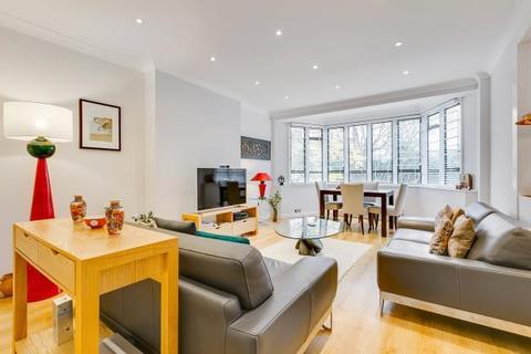 3 bedroom flat for sale - Belsize Court, Wedderburn Road, London, NW3