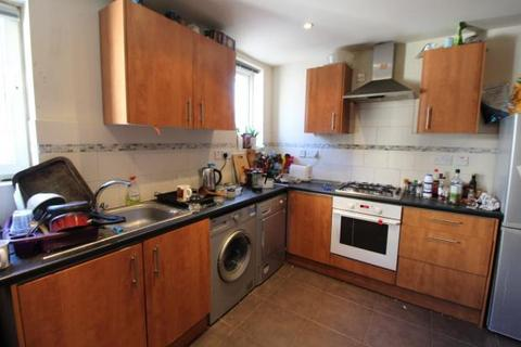 4 bedroom terraced house to rent - Albany Road, , Cardiff