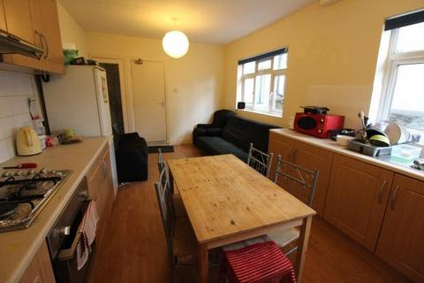 5 bedroom terraced house to rent - North Road, , Cardiff