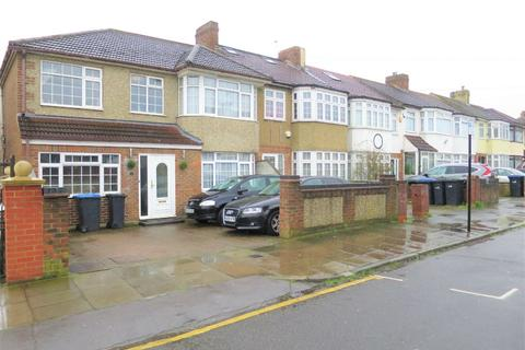 5 bedroom semi-detached house for sale - Broadlands Avenue, Enfield, Greater London