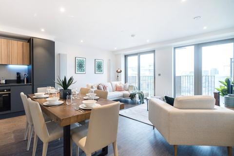 3 bedroom apartment for sale - Royal Docks West, Royal Victoria, E16