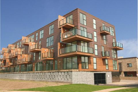 1 bedroom apartment to rent - The Steel Building, Kingfisher Way, Cambridge