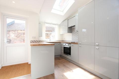 2 bedroom terraced house to rent - Sackville Street, RG1