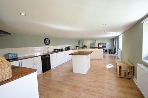 4 bedroom semi-detached house for sale - Front Lane, Elstronwick