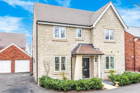 4 bedroom detached house for sale - Stoke Orchard, Cheltenham