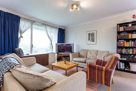 3 bedroom flat for sale - Elm Avenue, W5