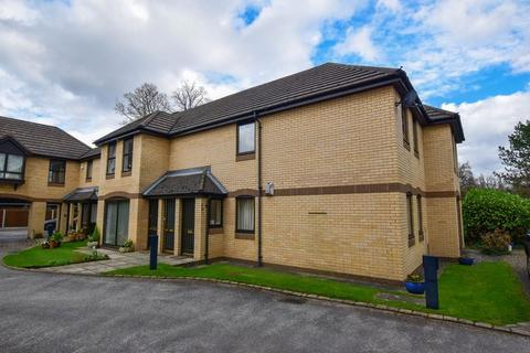 2 bedroom apartment for sale - Dinglebank Close, Lymm