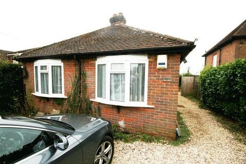 2 bedroom bungalow to rent - Chartridge Lane, Chesham