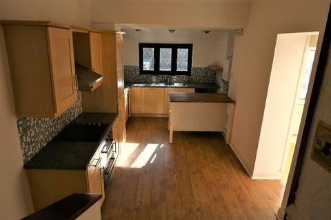 3 bedroom house to rent - Harriet Street, Penarth,