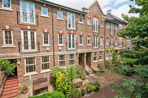3 bedroom townhouse for sale - Tonbridge, Kent