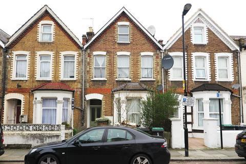 3 bedroom flat for sale - Baronet Road, London