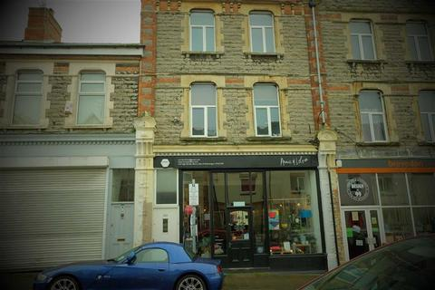 1 bedroom flat to rent - High Street, Barry, Vale Of Glamorgan