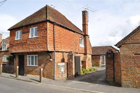 3 bedroom semi-detached house for sale - Dippenhall Street, Crondall, Farnham