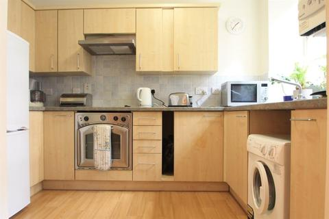 1 bedroom flat to rent - Harewood Court, Hove, East Sussex