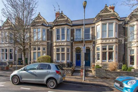 5 bedroom terraced house to rent - Boverton Street, Cardiff