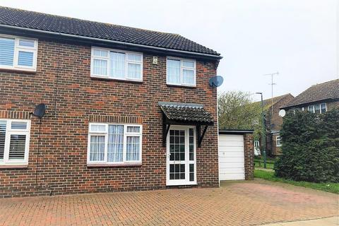 3 bedroom semi-detached house to rent - Osborne Road, Belvedere