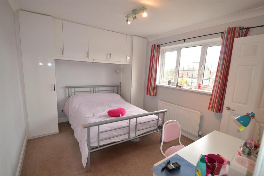 14 holmwood bed 5 .JPG