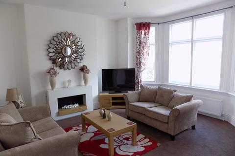 2 bedroom apartment to rent - St James's Road, DUDLEY, DY1