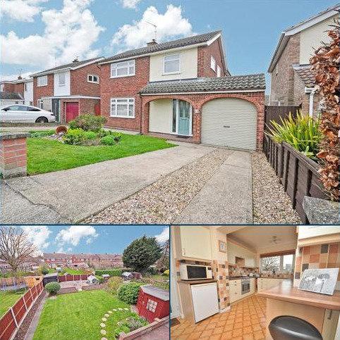 4 bedroom detached house for sale - St. Mark Drive, Colchester, CO4 0LP