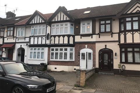 5 bedroom terraced house for sale - Ilfracombe Gardens, Chadwell Heath, Essex RM6 4RL