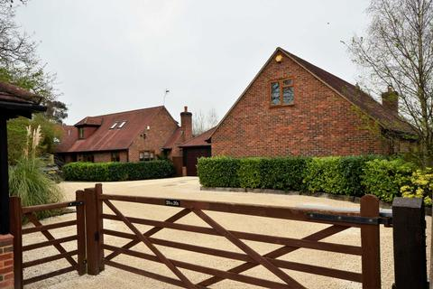 4 bedroom detached house for sale - The Rising, Billericay
