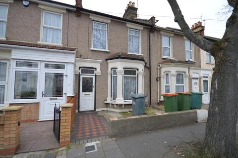 3 bedroom terraced house to rent - South Esk Road, Forest Gate, London, E7