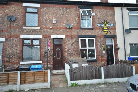 2 bedroom terraced house for sale - Scotta Road, Eccles, Manchester M30