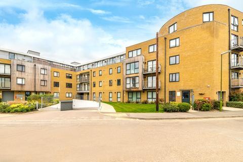 2 bedroom apartment for sale - Smeaton Court, Hertford, SG13 7AU