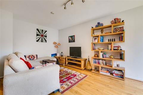2 bedroom flat to rent - Cambridge House, Weimar Street, London