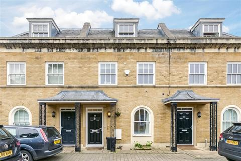 4 bedroom terraced house to rent - Cromwell Place, East Sheen, London