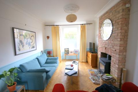 4 bedroom semi-detached house to rent - North Birkbeck Road, Leytonstone, London, London E11