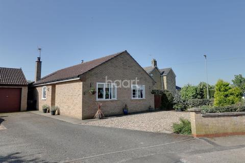 3 bedroom bungalow for sale - Doddington
