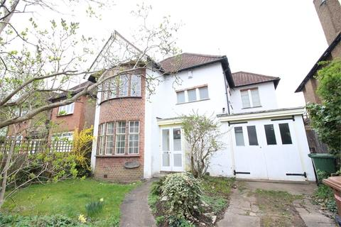 4 bedroom detached house to rent - Whitchurch Gardens, Edgware