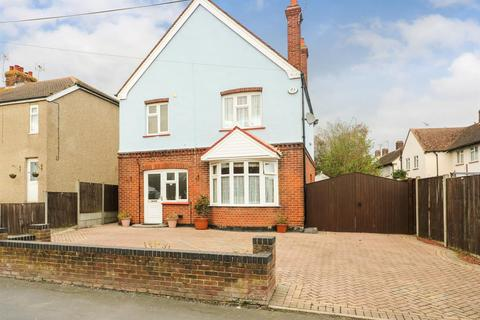 3 bedroom detached house for sale - Western Road, Burnham-On-Crouch