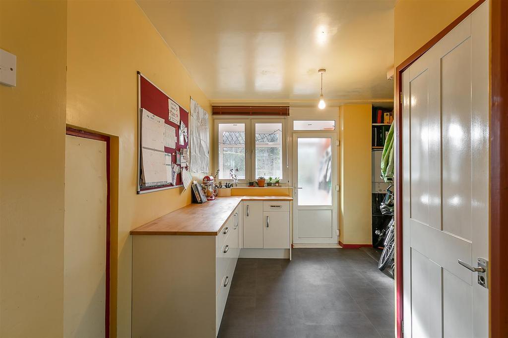 Utility Room & Ground Floor WC