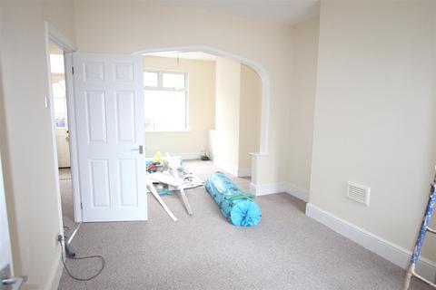 2 bedroom house for sale - Sharman Road, Northampton
