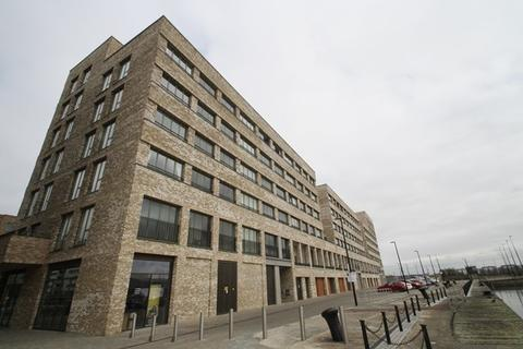 1 bedroom apartment to rent - Lock Side Way, London, E16