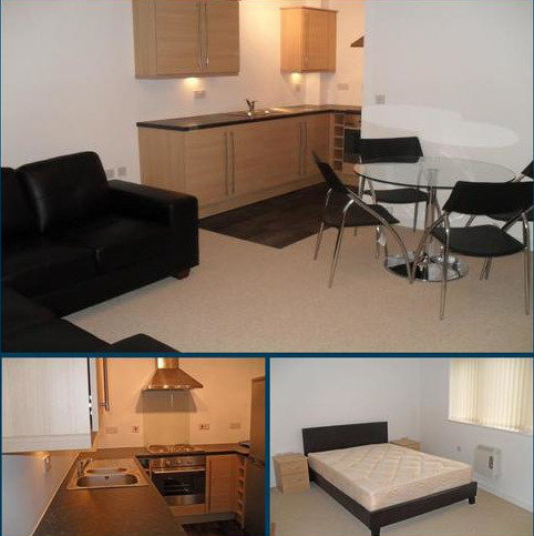 2 bedroom apartment to rent - Eccles M30