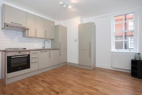 3 bedroom flat to rent - Herbrand Street, Bloomsbury, WC1N