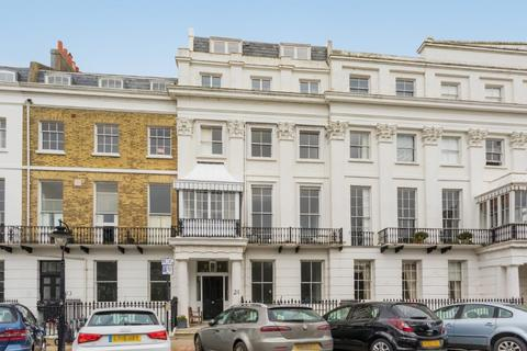 1 bedroom flat for sale - Sussex Square, Brighton, East Sussex, BN2