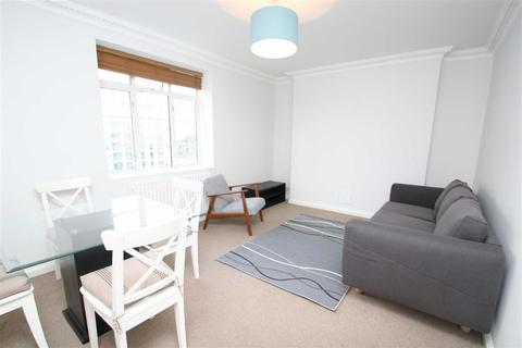 2 bedroom flat to rent - Keswick Road, London