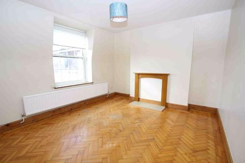 3 bedroom flat to rent - Henry Jackson Road, London