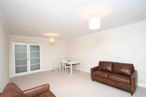 2 bedroom flat to rent - Mercier Road, London